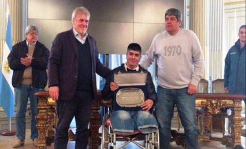 El Papa llama a un basurero argentino que perdió las piernas en un accidente laboral
