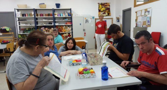 La Comunidad de Madrid potencia las habilidades sociales y laborales de personas con discapacidad intelectual