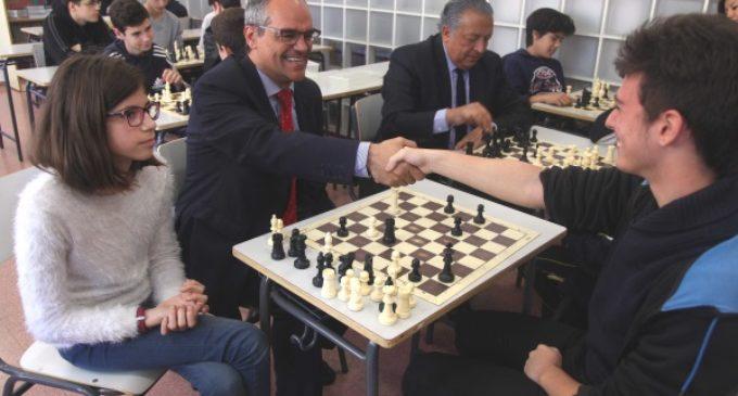 La Comunidad de Madrid fomenta la práctica del ajedrez en los centros docentes como herramienta transversal educativa