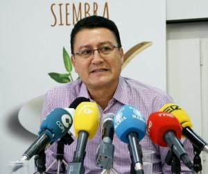 mANOS uNIDAS 5. cARLOS aRRIOLA