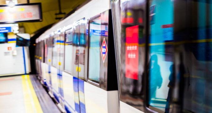 Más de 1.200 puertas de trenes de Metro se renuevan en la Comunidad de Madrid