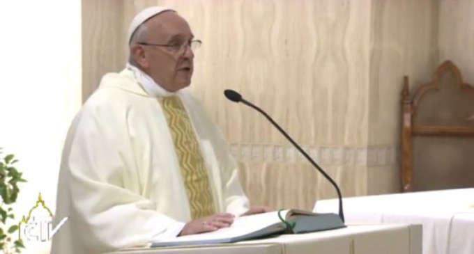 Francisco recuerda que 'la fe es un don de Dios y no fruto del proselitismo'