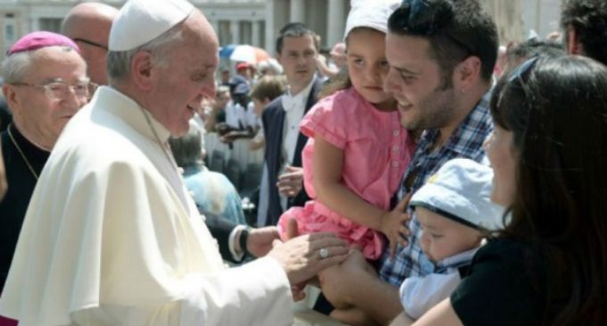 Ningún cardenal u obispo entre los firmantes de la corrección filial al Papa