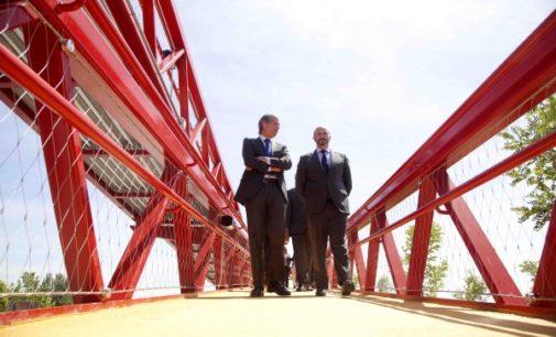 Las carreteras de la Comunidad de Madrid cuentan con 72 pasarelas peatonales