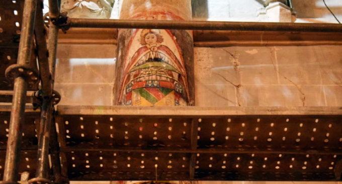 Las obras de la catedral de Palencia dejan al descubierto unas pinturas góticas
