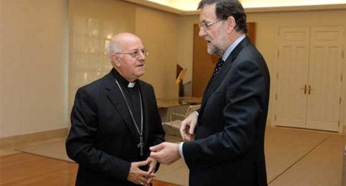 Encuentro entre el cardenal Blázquez y Mariano Rajoy en el Complejo de la Moncloa