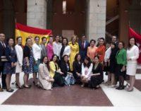 Chaguaceda y Carolina Marín reciben a una delegación de mujeres chinas que visitan Madrid