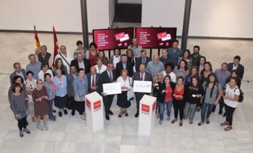 """165 entidades sociales reciben de la Comunidad de Madrid 36.100 tarjetas de transporte """"Multi"""""""