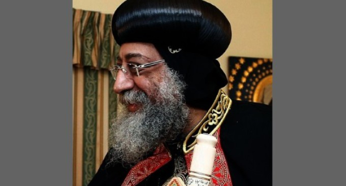 Francisco pide a la comunidad mundial que responda a la violencia en Irak y Siria
