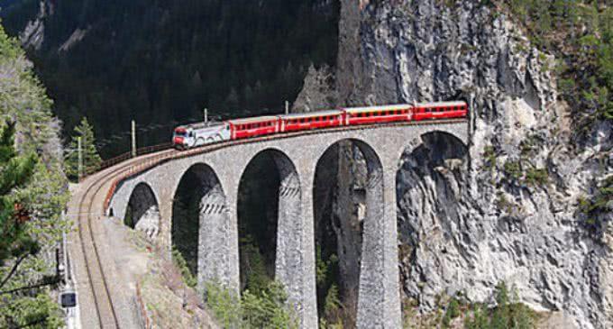 El Tren de la Naturaleza cumple 25 años acercando a los madrileños a la Sierra de Guadarrama
