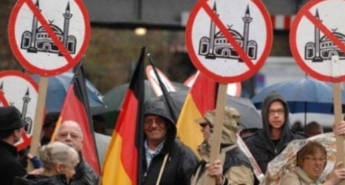 Al Papa le preocupa «la xenofobia» en Europa